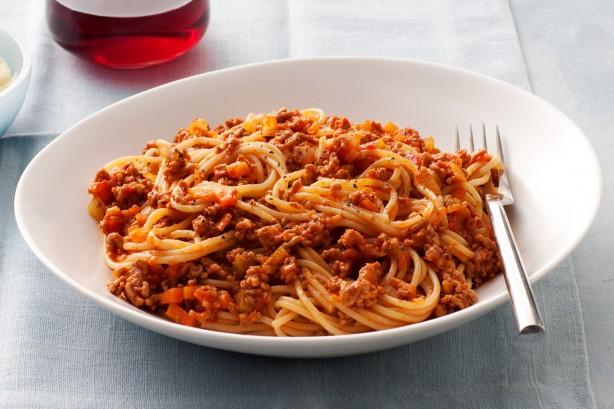 """""""Dneska jsem měl k obědu špagety. Čumte, záviďte a sedejte si z toho na prdel."""""""