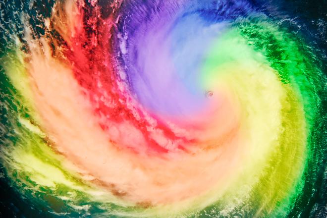 Naleznou se  i tací, co považují hurikán za boží trest za homosexualitu. On to přitom bude spíš boží trest za jejich vlastní stupiditu.
