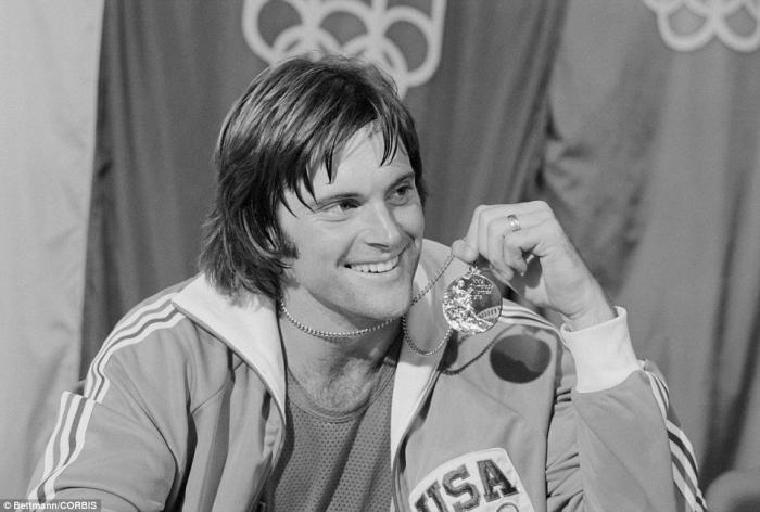 V roce 1976 byl jako olympijský vítěz Bruce Jenner nejznámějším desetibojařem. Dnes je pod jménem Caitlyn Jenner nejznámějším transsexuálem.