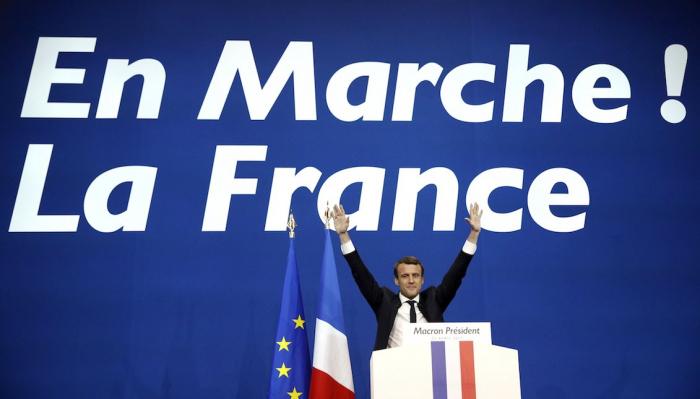 Hnutí Tak jo! by chtělo být jako hnutí En Marche! Emmanuela Macrona. K tomu mu ale chybí právě ten Macron.