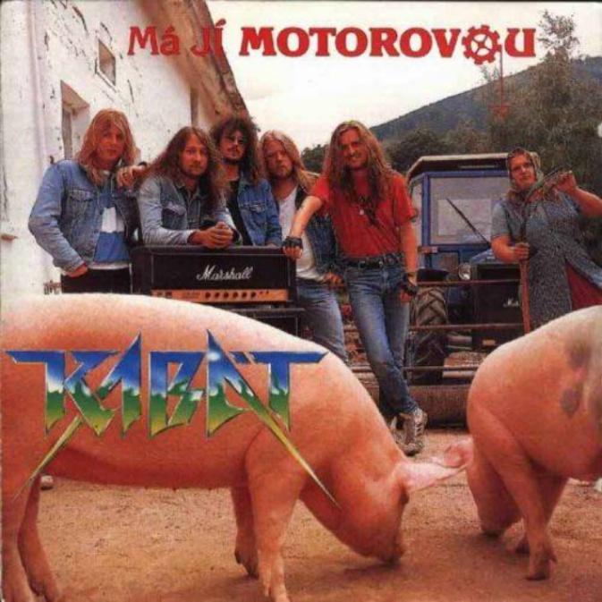 První deska kapely Kabát se jmenovala Má jí motorovou.