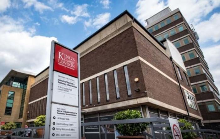 Fakulta psychiatrie, psychologie a neurovědy londýnské King´s College by měla zkoumat poruchy lidské psychiky. Psychiatrické vyšetření by nicméně mělo podstoupit její politicky korektní vedení.