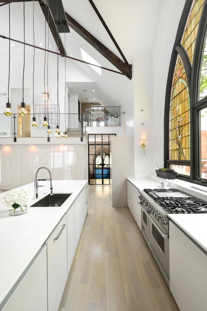 V téhle kuchyni byste pohostili i papeže.