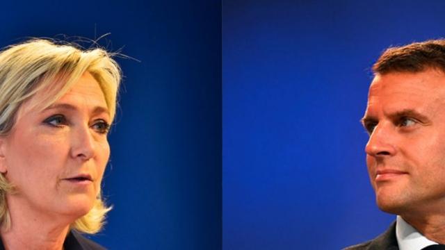 Za favority jsou považování krajně pravicová Marine Le Penová a centrista Emmanuel Macron. Právě jeho podpora opadá ve prospěch Mélenchona.