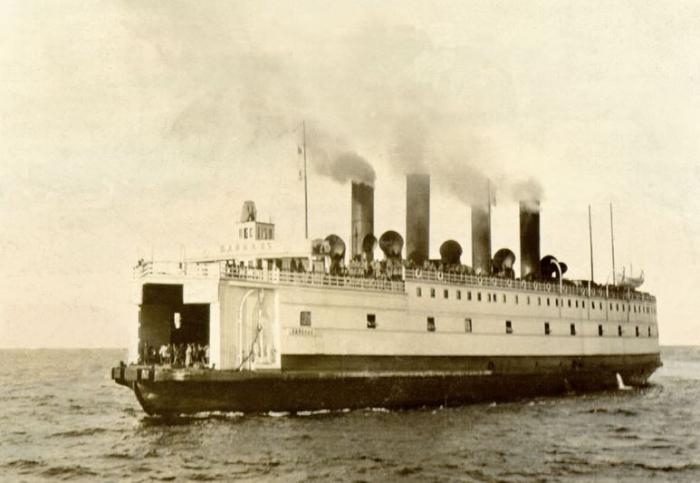 Bolševiky ovládaná loď Bajkal, který byla potopena československými legionáři pod vedením generála Radoly Gajdy, čímž byla vyhrána jediná československá námořní bitva.