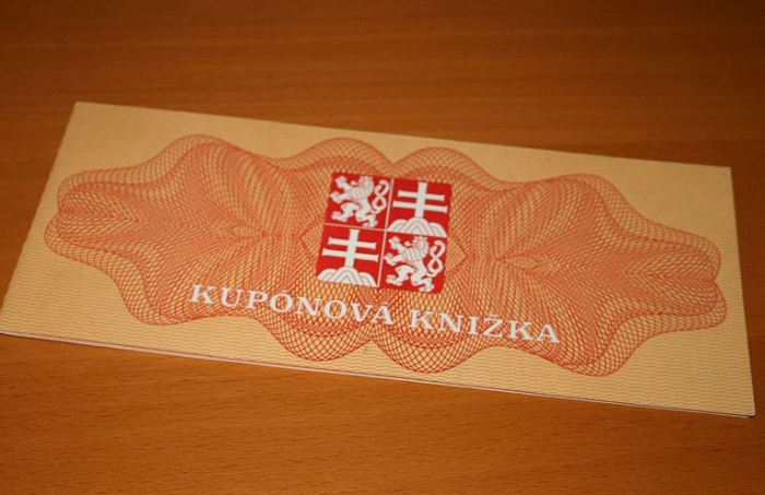 Kupónová privatizace v 90. letech přivedla mnoho lidí na mizinu. Potopit dokázala i českou námořní flotilu.