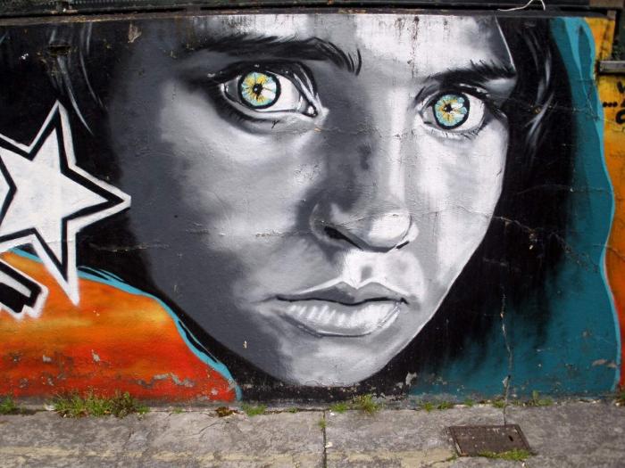 Stevova nejslavnější fotka v graffiti provedení