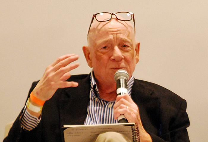 Se svými přednáškami objíždí Moody celý svět. Nyní je k vidění i v Praze a Bratislavě.