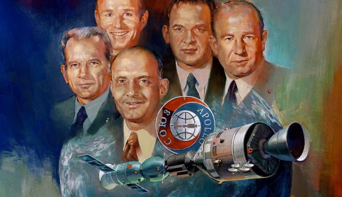 Pětice astronautů v programu Appolo-Sojuz položila základy vesmírné spolupráce USA a Sovětského svazu respektive Ruska. Ta úspěšně trvá dodnes.