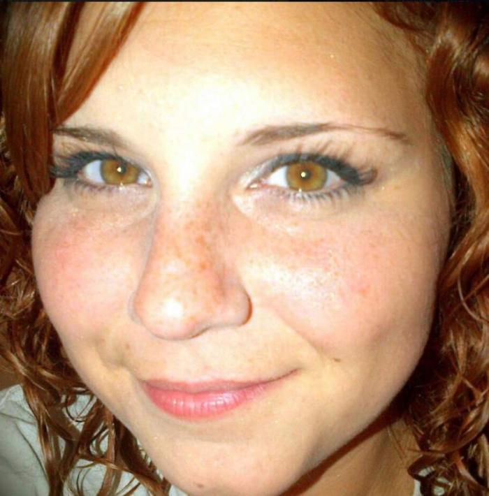 Dvaatřicetiletá Heather Heyersová přišla jen projevit nesouhlas se stupňujícím se extremismem ve společnosti. Za to zaplatila životem.