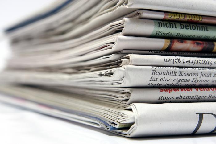 Noviny končí, a podle některých hlasů končí i žurnalistika. Nahradí ji sociální sítě?