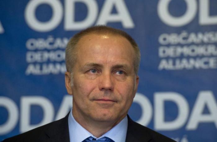 Za Kulhánkovou kandidaturou stojí miliardář Pavel Sehnal, který v loňském roce obnovil ODA.