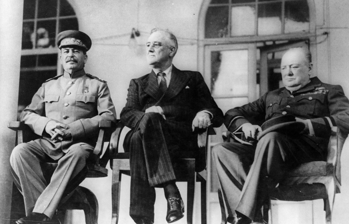 Na konferenci v Teheránu v roce 1943 se začaly spřádat plány na největší válečný podvod v historii.
