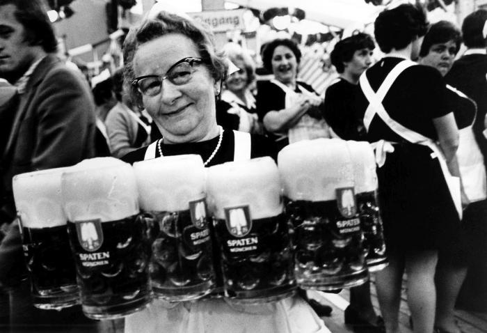 Práce, pivo a zábava v plném proudu 1979