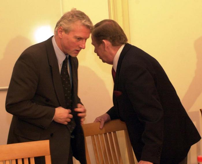 """Havel: """"Tak co Láďo, pustíme Jirku nebo ne?"""""""