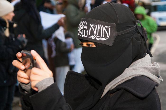Nemějte strach, že jedna hodina seznámení s islámem ve škole udělá z vaší ratolesti malého džihádistu.