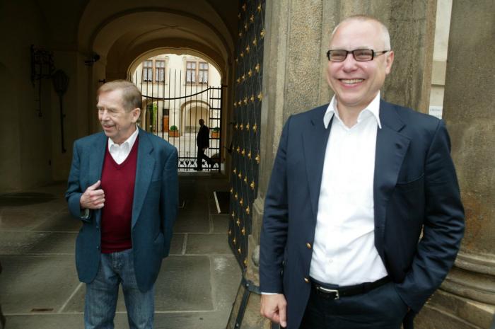"""""""Čistý"""" Havel a """"špinavý"""" Bakala byli nejlepší přátelé. Zvláštní..."""