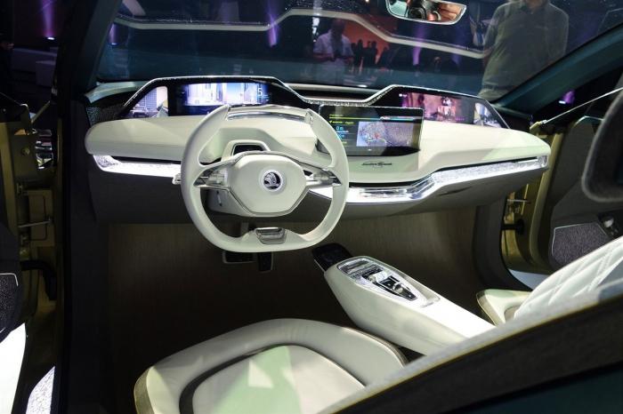 Futuristický elektromobil by měl dopřát řidiči maximální možný komfort.