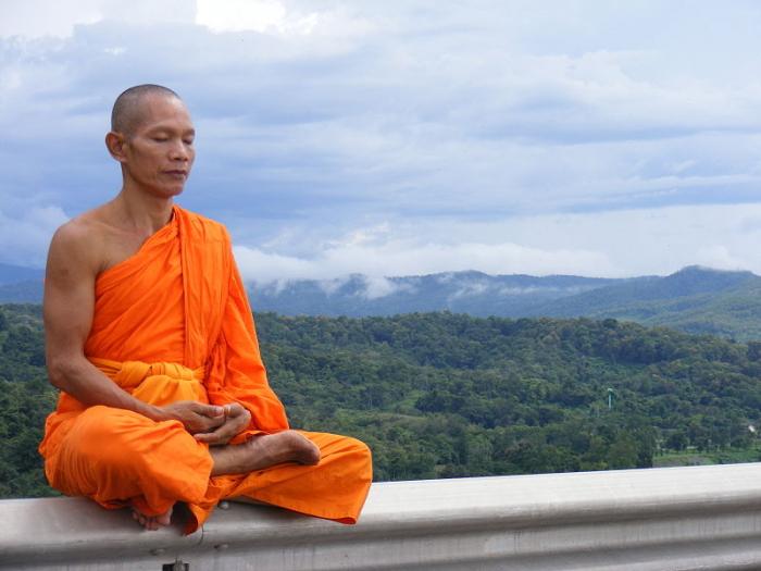 Duševnímu klidu a rovnováze se do Bangkoku jezdí učit i cizinci.