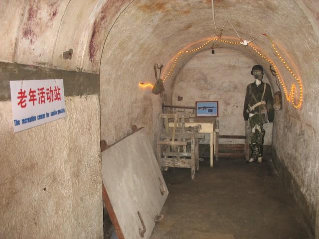 Některé části podzemního komplexu slouží jako historické muzeum