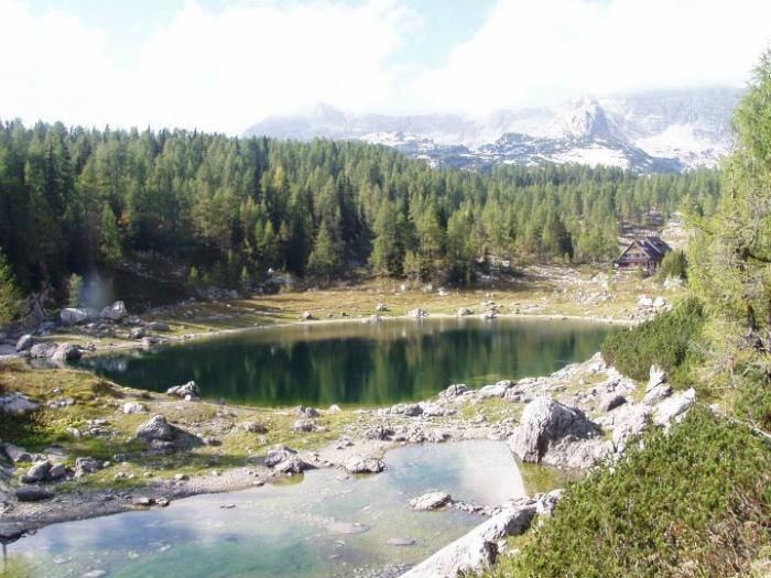 Triglavský národní park je oáza klidu, míru, vlků, jezer a krásy.