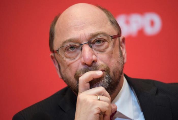I lídr německých sociálních demokratů Martin Schulz ve volbách pohořel.