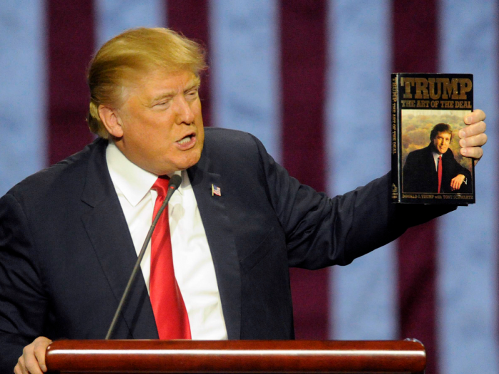 Své memoáry The Art of Deal považuje Trump za jednu z nejlepších knih všech dob. Její spoluautor pro něj ale nemá dobré zprávy.