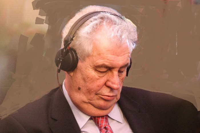 Jak je na tom Miloš Zeman zdravotně? Měsíce se spekuluje o rakovině, tu prý nemá. Je tu ale háček...