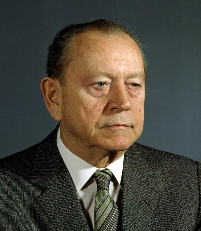 Slovenský komunista Alois Indra.