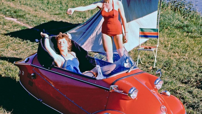 Na kemping stříkolovým Messerschmittem: bublinové auto, do kterého se nastupuje jako do stíhačky