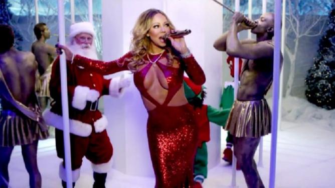 Další zásadní vědecký objev: brzké poslouchání vánoční hudby způsobuje deprese