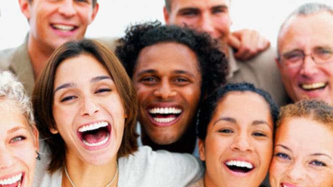 Evropská unie vydala směrnice rasově korektního chování. Černoch už není černoch, ale běloch spigmentemnavíc.