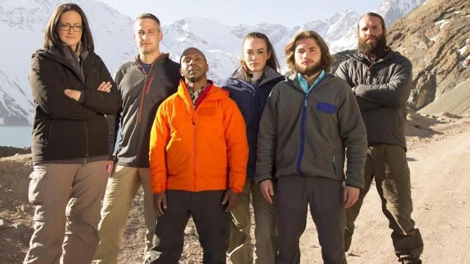 Šest odvážlivců musí zdolat šest smrtících terénů vpřelomové reality show Kolo: Hry opřežití. Jak to všechno zvládnou?