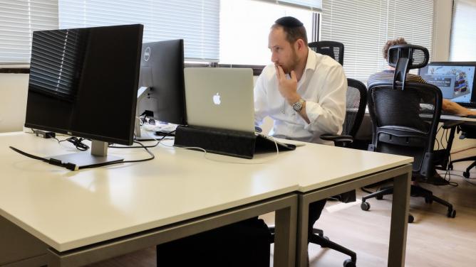 Antisemitismus na sociálních sítích: Ubohost, která se může těžce vymstít