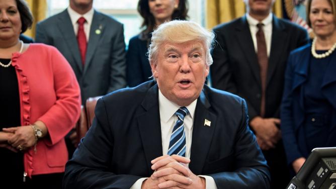 100dní sDonaldem Trumpem: Je opravdu americký prezident tak skvělý, jak si osoběmyslí?
