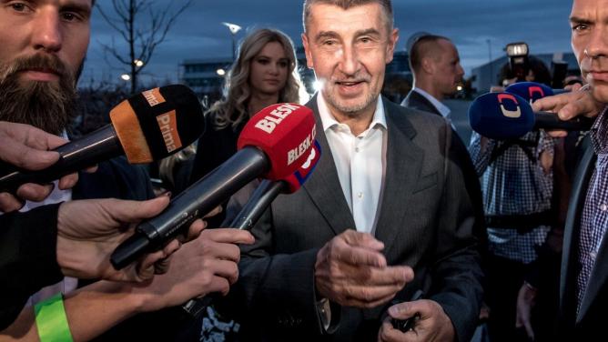 Vítězové a poražení voleb do Poslanecké sněmovny. Triumf Andreje Babiše a totální propadlevice