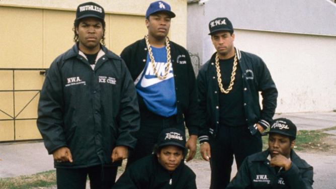 Vychutnejte si 38hodin nejzásadnějších rapových hitů zlaté éry hiphopu
