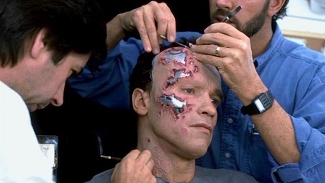 10herců sobří trpělivostí, které make-up zřídil knepoznání