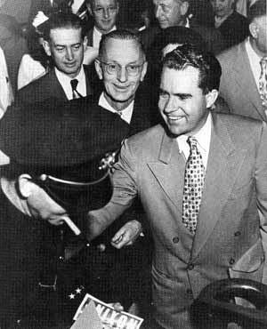 Richard Nixon při kampani do Senátu v roce 1950.