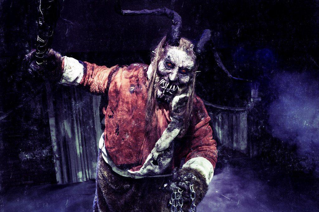 Pokud to s čertem myslíte vážně, sáhnete rovnou po zombie Krampusovi