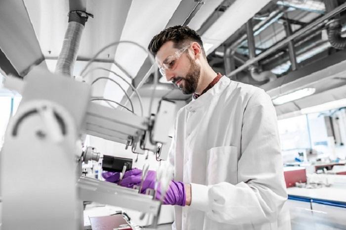 Vývoj a testování zařízení na zahřívání tabáku Glo probíhá na vědeckém pracovišti British American Tobacco v anglickém Southamptonu.