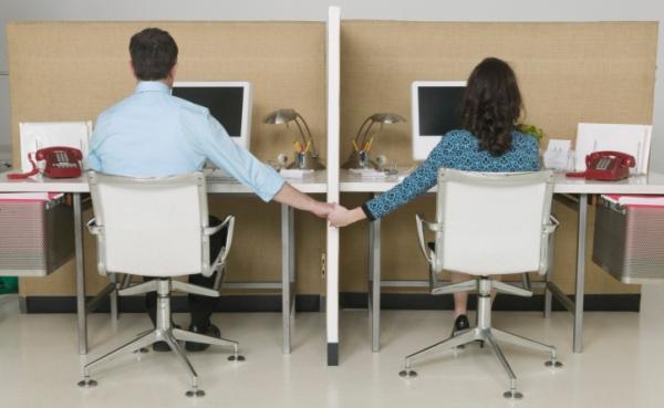 A hned se pracuje o trochu lépe, když máte v práci někoho po svém boku.