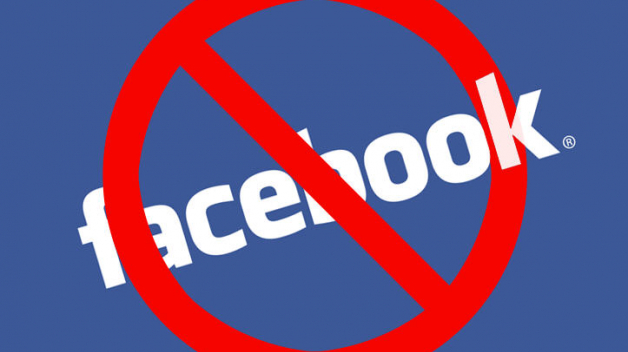 Žilo by se nám bez Facebooku líp? Asi ano. Přesto ho nikdo z nás nedokáže tak úplně zapudit.