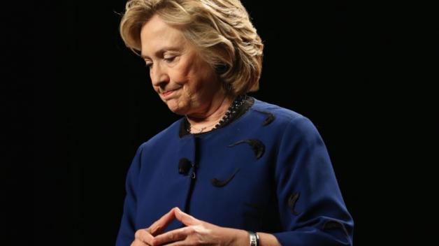 Až to přijde, čeká Hillary jako bývalou první dámu státní pohřeb se všemi poctami.