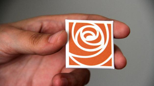 Nové logo ČSSD. Pokud by skutečně toto postačovalo k výhře ve volbách, byl by to větší zázrak než fungující socialismus.