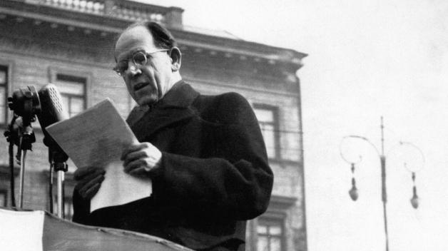 """Prezident Antonín Zápotocký byl znám jako """"táta dělníků"""", pak ale všechny podrazil měnovou reformou."""