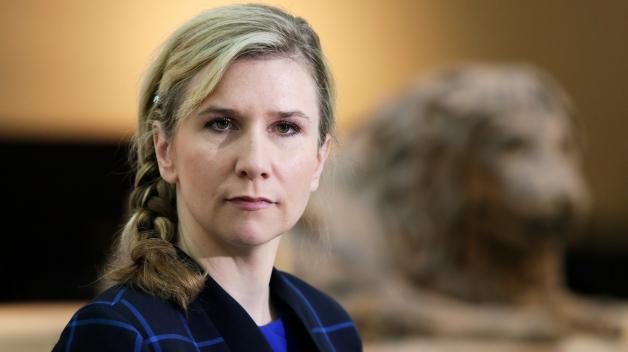 Ministryně školství Kateřina Valachová po necelých dvou letech rezignovala na svůj úřad. Ovlivní její rozhodnutí současnou vládní krizi?