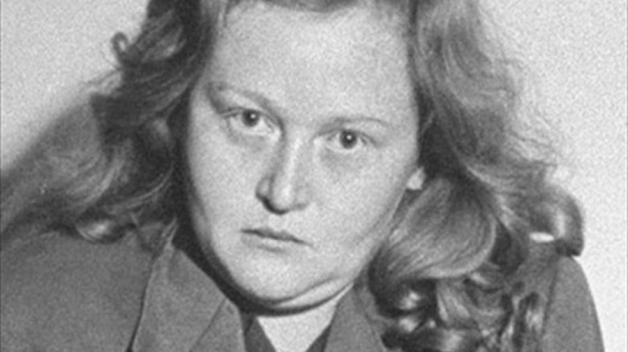 Buchenwaldská bestie, děvka, čarodějnice. Málokdo si za život získal tolik přezdívek jako dozorkyně z koncentračního tábora Ilse Koch.