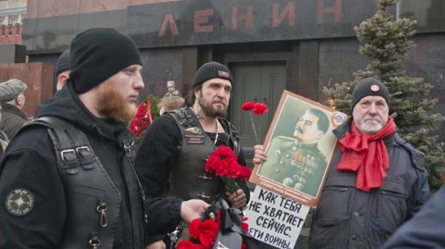 """""""Tolik nám v těchto válečných časech chybíš"""", Josife Staline!"""