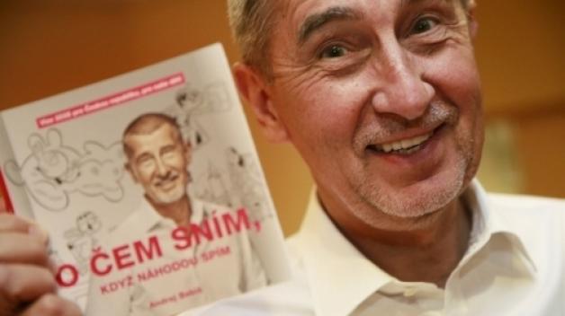 Andrej Babiš neskrývá nadšení z toho, že jeho knížka opět vrátila děti ke čtení